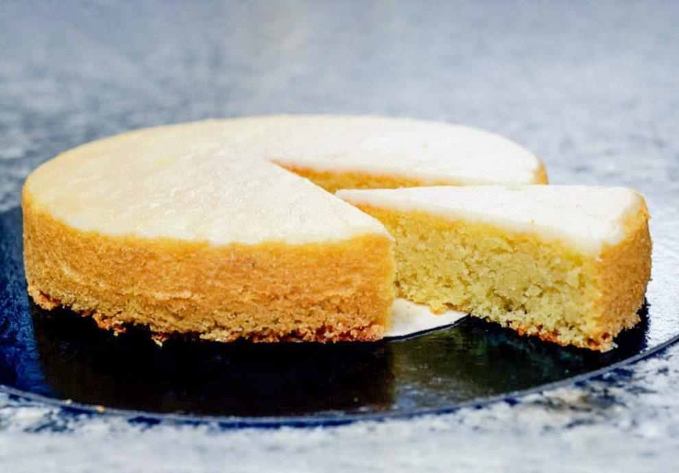Citrinų pyragas su citrininiu kremu