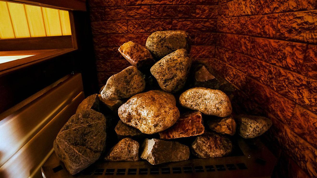 akmenys iš upės pirčiai